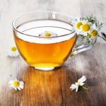 Cách tẩy lông chân tự nhiên bằng trà hoa cúc ngay tại nhà