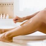 Tẩy lông chân bằng nước Oxy già không gây hại da