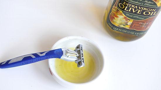 Bật mí cách tẩy lông bằng dầu oliu không gây hại cho da4