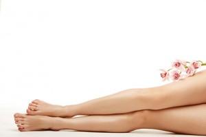 Lựa chọn phương pháp tẩy lông chân an toàn và hiệu quả