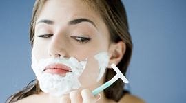 Có nên cạo lông mặt không? Cạo lông mặt bao lâu 1 lần?