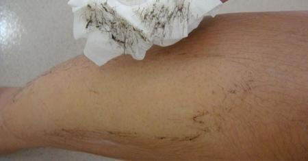 Thuốc tẩy lông giúp loại bỏ nhanh chóng từng sợi violong trên da